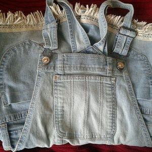 Girls jordache short overalls